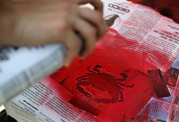 Crab stencil---ingenious! Photo credit: Brian Schneider, www.ebrianschneider.com