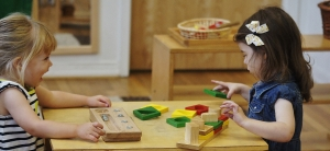 parallel-play-with-montessori-materials