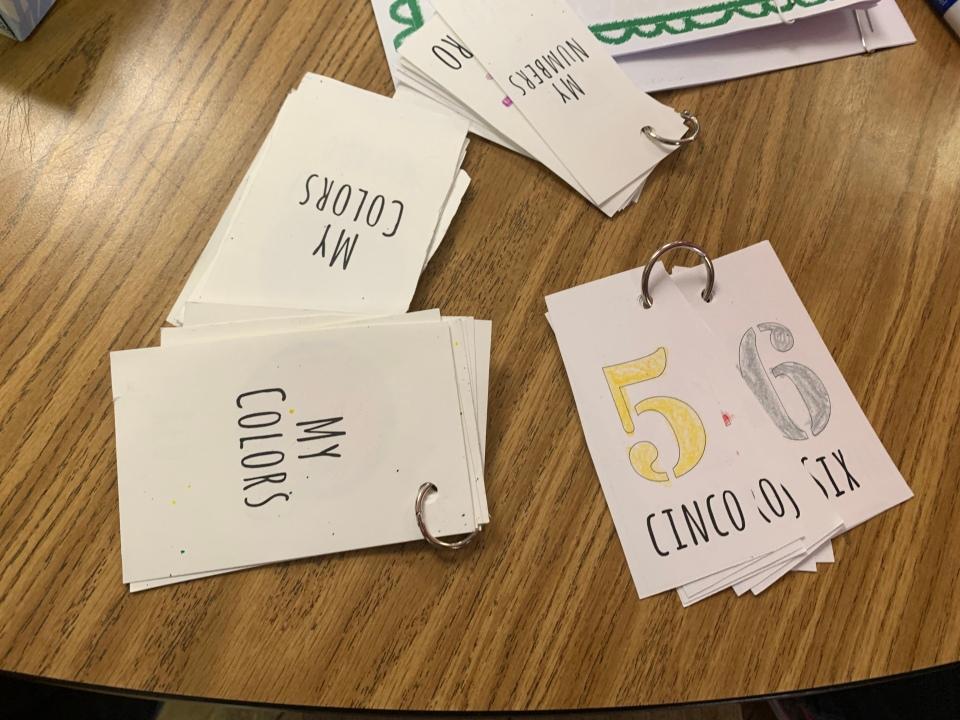 tncs-elementary-makes-flashcards-for-esperanza-center